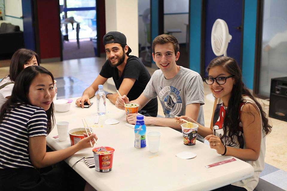 planificar curso de inglés en California adultos